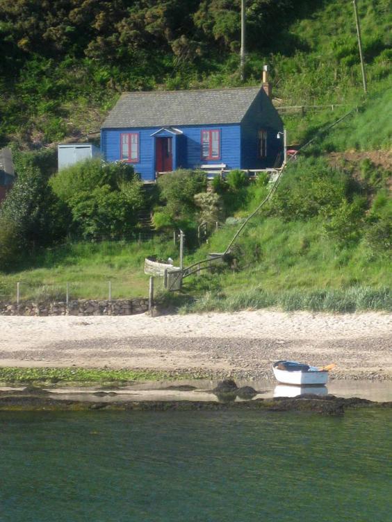hut-berwick.jpg