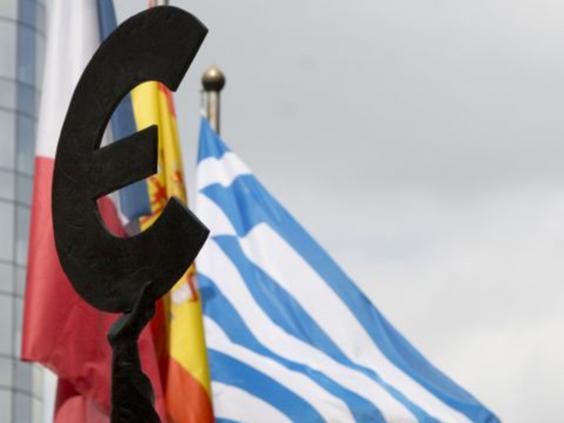 7-Euro-Symbol-AP.jpg