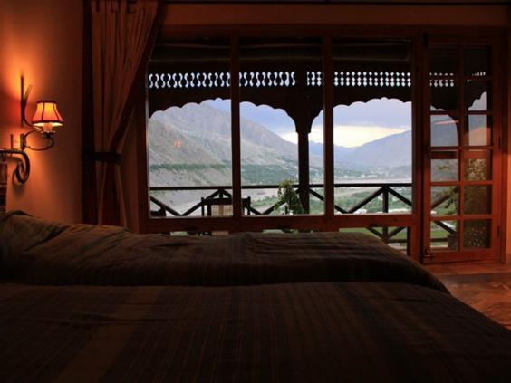 33-Hindukush-Heights-Hotel.jpg