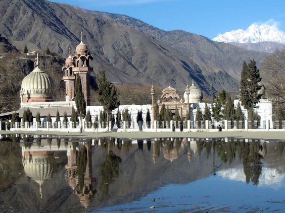 33-Shahi-Mosque-EPA.jpg