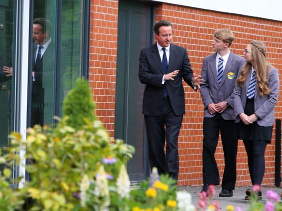 6-David-Cameron-Students-PA.jpg