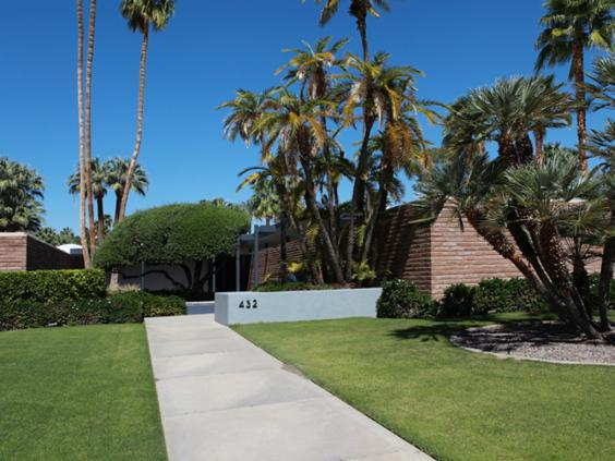 The 7000 square feet Dinah Shore Residence built in 1964 by Donald Wexler.jpg