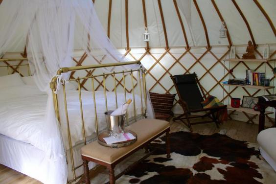 Roundhouse-Yurts-2.jpg