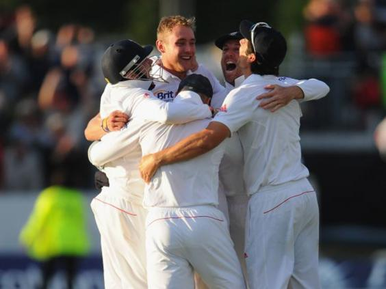 12-England-Cricket-get.jpg