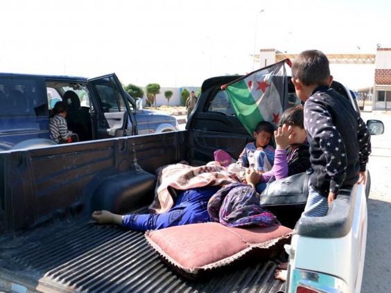 19-Kobani-Civilians-Reuters.jpg