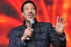 Lionel-Ritchie-Getty_thumb.jpg
