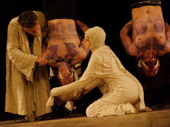 10-Titus-Andronicus-SimonKane.jpg