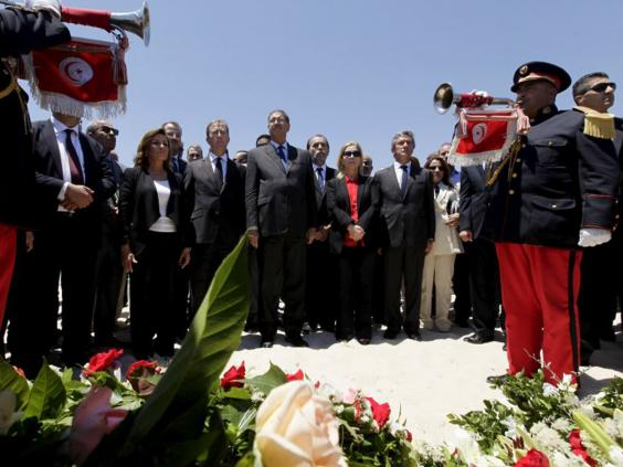 28-Tunisia-Silence-Reuters.jpg
