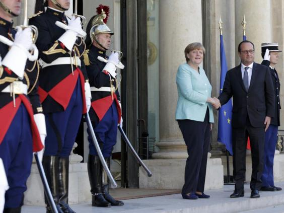 8-Merkel-Hollande-Reuters_1.jpg