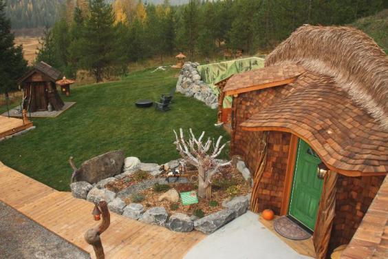 hobbithouse.jpg