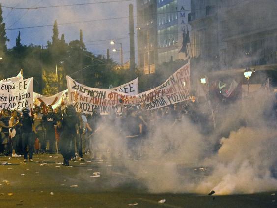 greece-riots-3.jpg