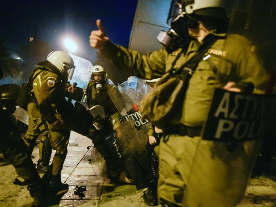 greece-riots-12.jpg