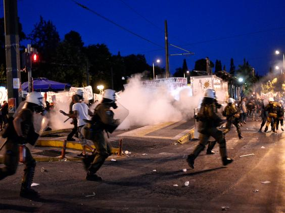 greece-riots-7.jpg