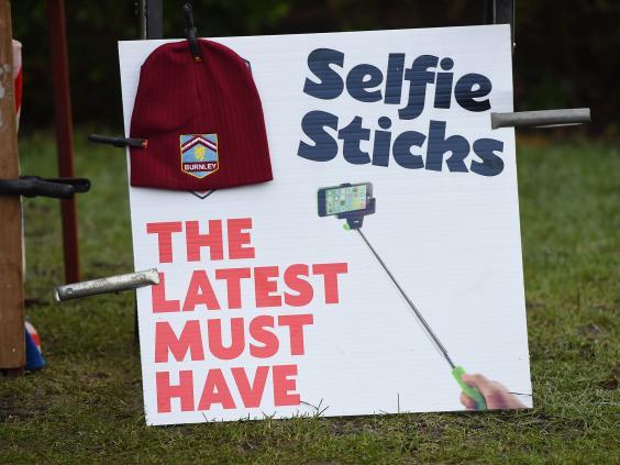Selfie-Stick2.jpg