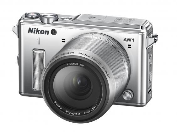 NikonAW1.jpg
