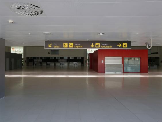 GhostAirport2.jpg
