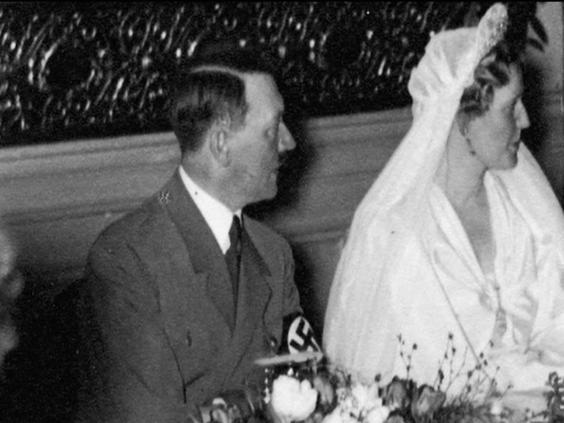 Hitler-also-at-the-wedding.jpg