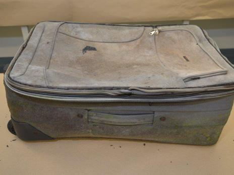 australia-suitcase.jpg