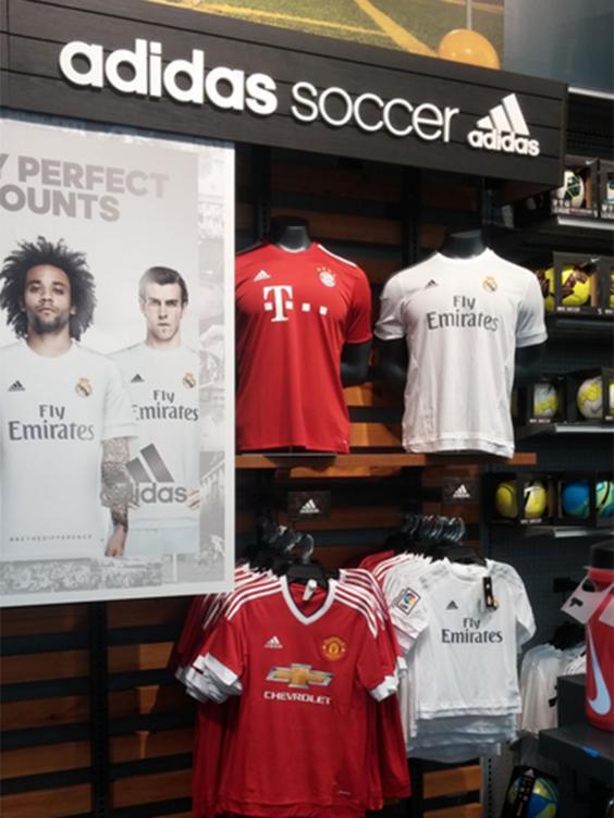 united-shirt-3.jpg