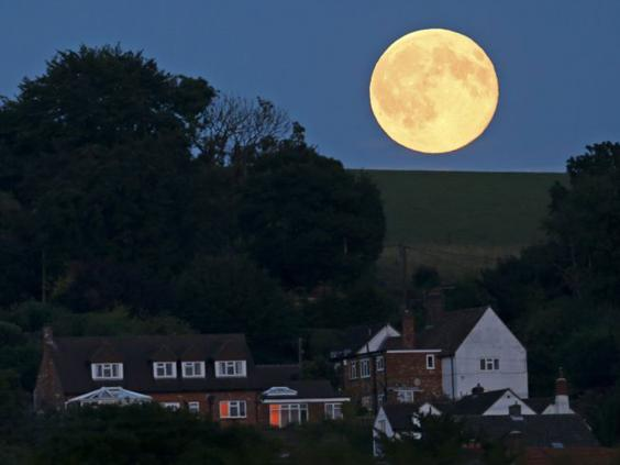 Blue-Moon-5-Reuters.jpg