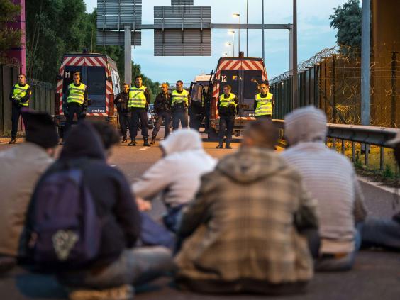 Calais-6-AFP.jpg