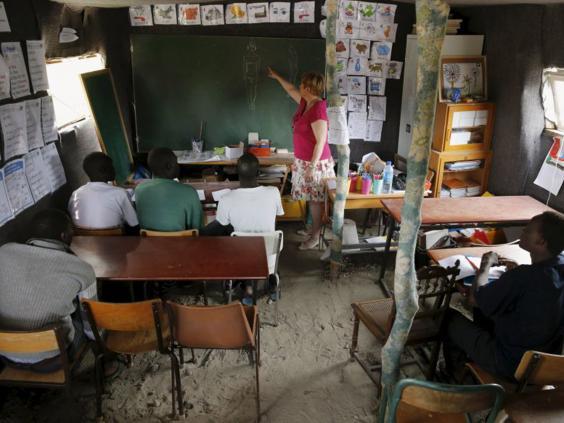 14-Calais-School-Reuters.jpg