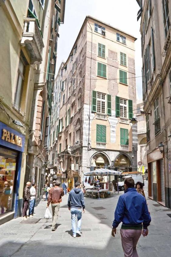 genoa-street-getty.jpg