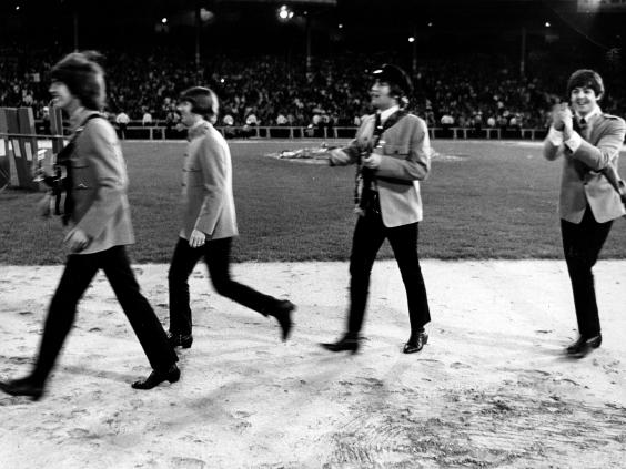 3-The-Beatles-Shea-Stadium-Alamy.jpg