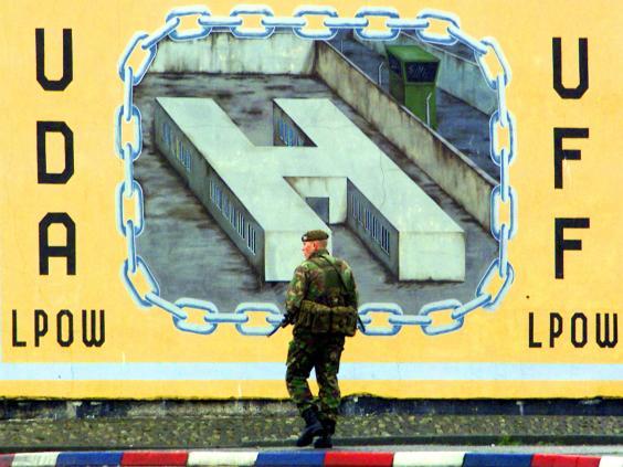Belfast-Murals-Reuters_1.jpg