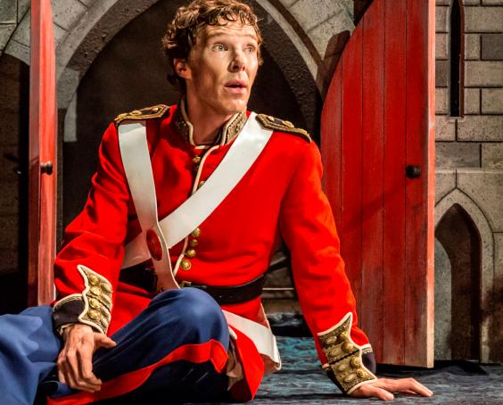 Benedict Cumberbatch in Hamlet, review: Pointedly ...
