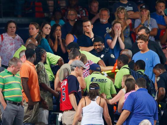 baseball-fan-dies.jpg