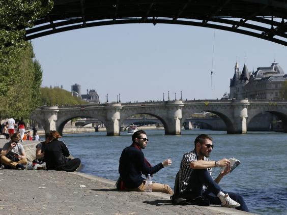 24-Seine-River-in-Paris-AFP-Getty.jpg