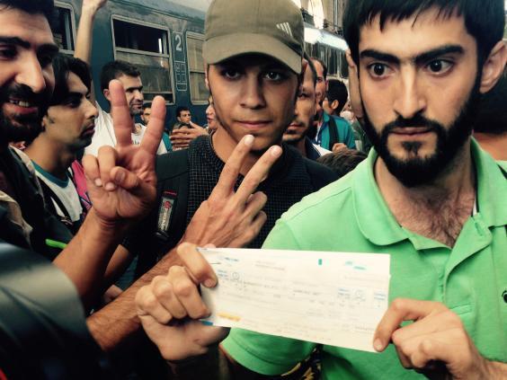 budapest-migrants-4.jpg