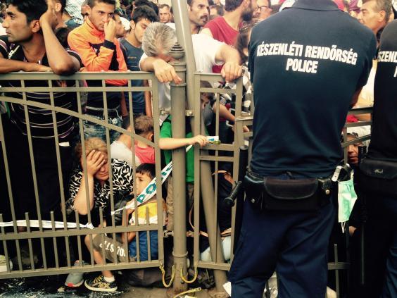 budapest-migrants-5.jpg