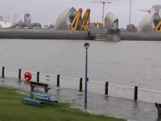 thames-flood.jpg