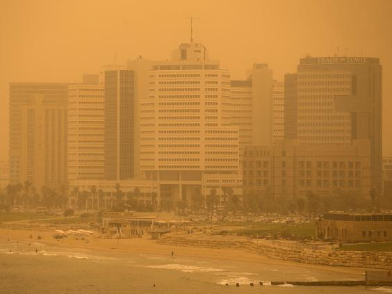sandstorm-middle-east-16.jpg