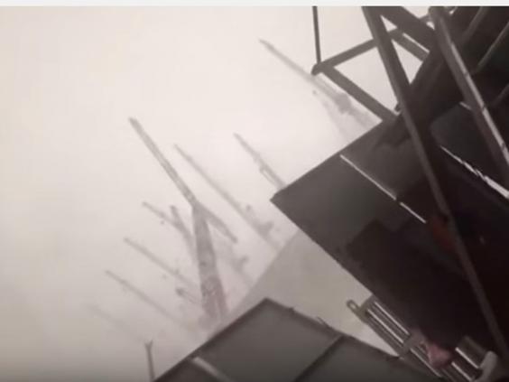 Crane-collapses-2.jpg