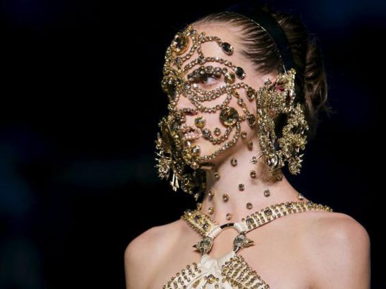 19-Givenchy-Reuters.jpg