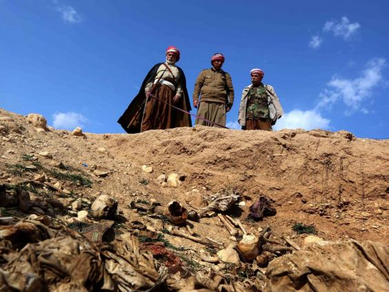 33-yazidi-family-afpget.jpg