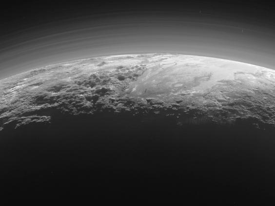 Pluto-mountains2.jpg