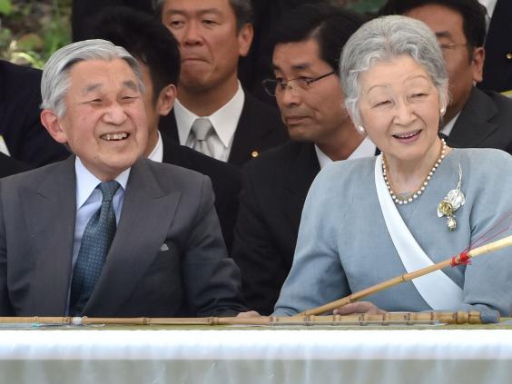 emperor-akihito-getty-subscription-1.jpg