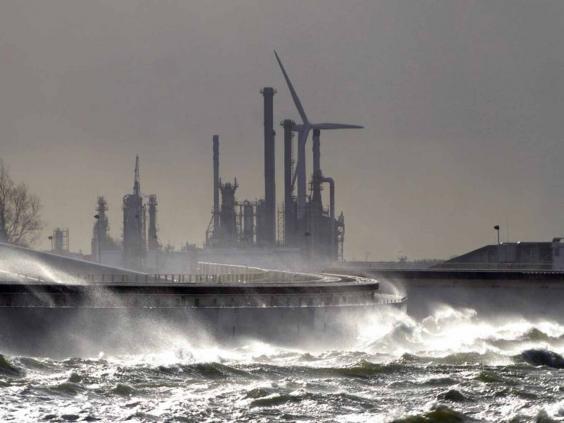 rotterdam-barrier-afp.jpg