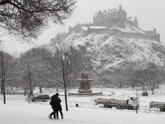 web-scotland-snow-2-reuters.jpg