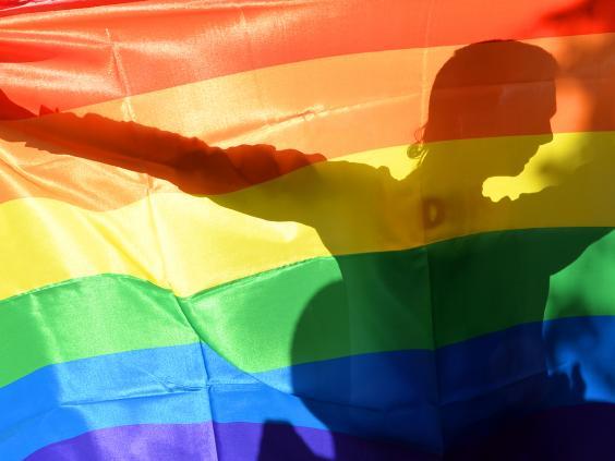 12-rainbow-flag-get.jpg