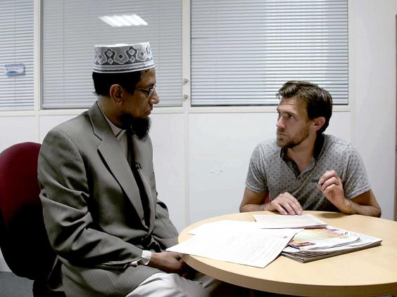 welcome-to-the-mosque-bbc3.jpg