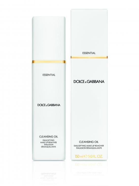 Dolce&Gabanna Skincare_Essential Cleansing Oil_pack shot_high res.jpg