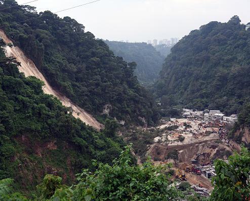 guatemalalandslide3.jpg