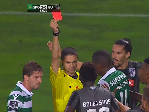 Rookie referee shows red card in 2 minutes.png