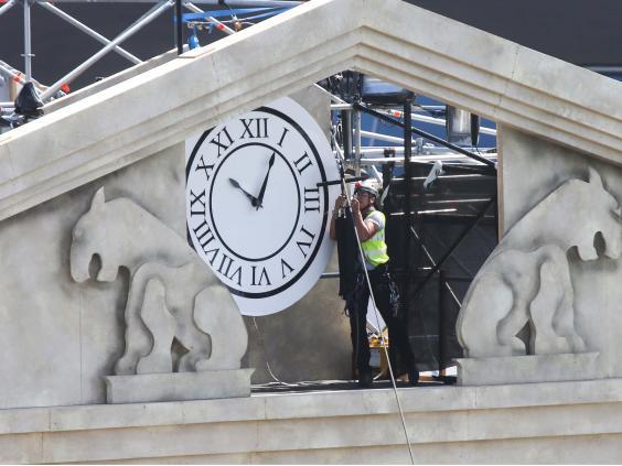 17-town-hall-clock-rex.jpg