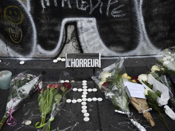 Paris-Mourning-15.jpg